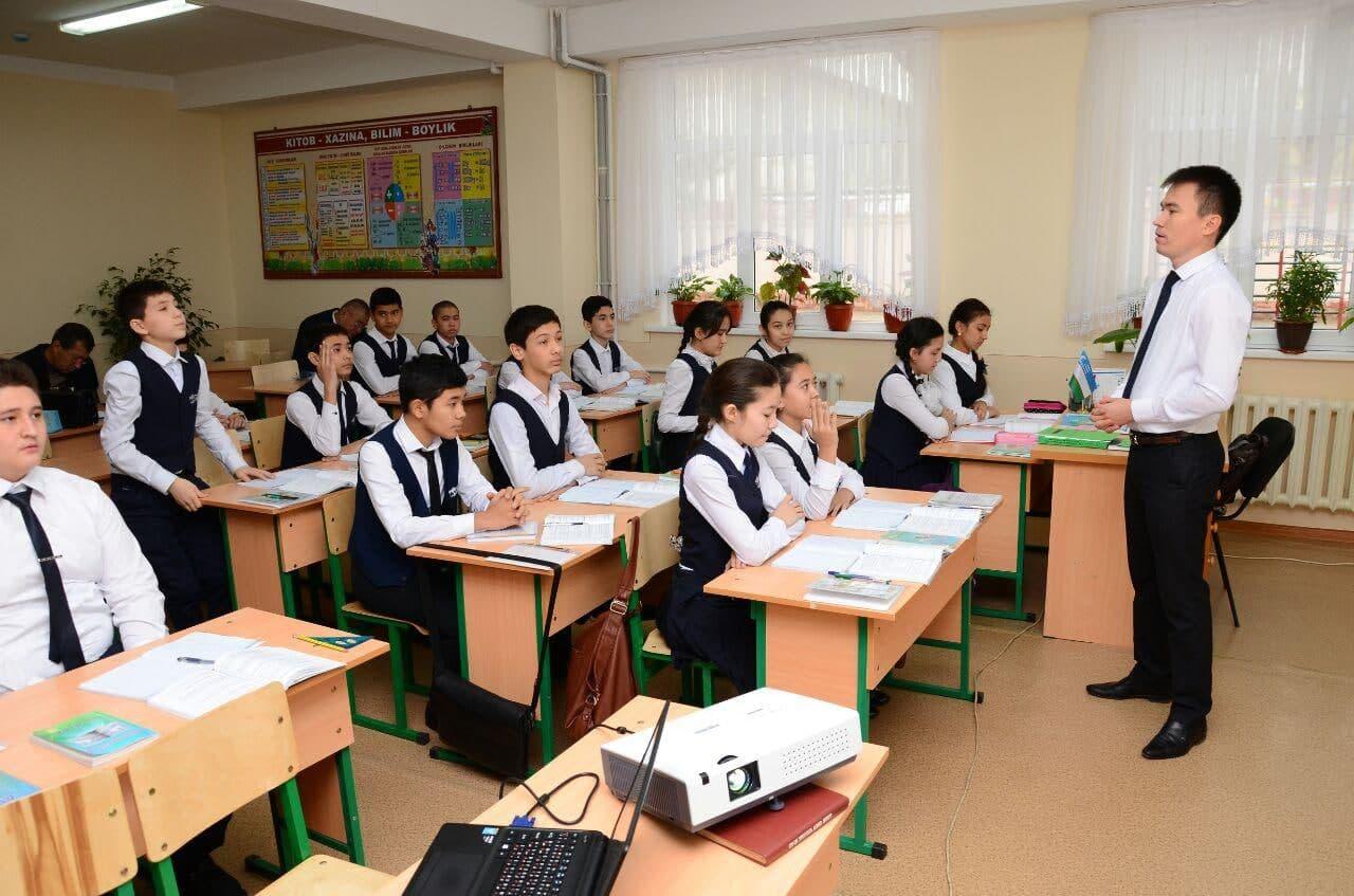 Студенты третьего курса смогут преподавать в школах