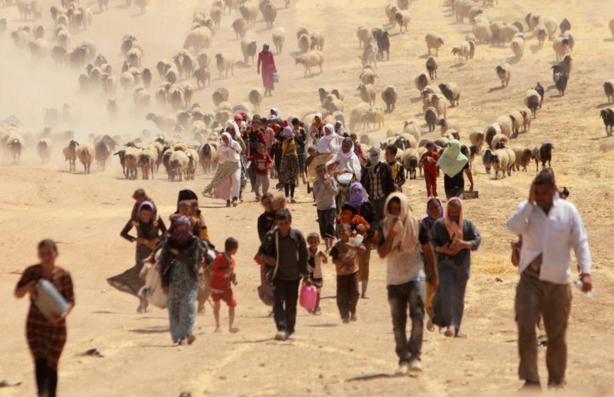 Каждый день сотни афганских беженцев пытаются проникнуть в Таджикистан