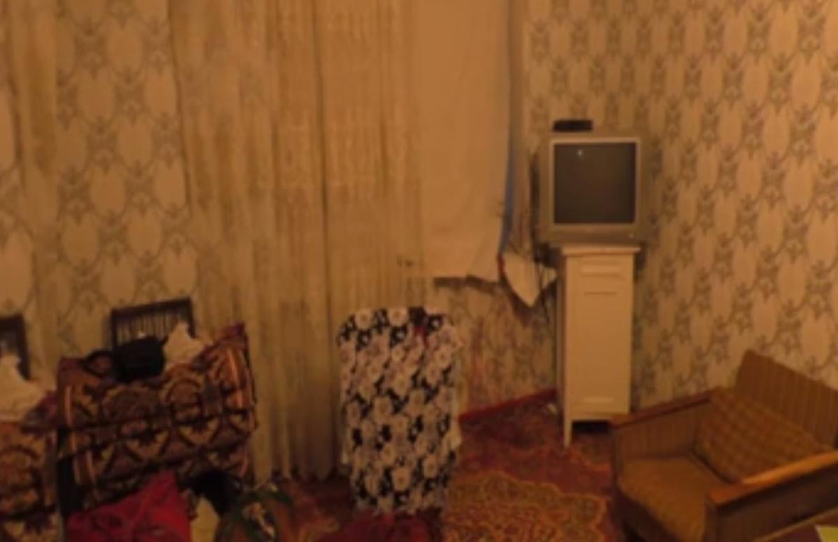 В Сырдарье неизвестный проник в квартиру и зарезал женщину