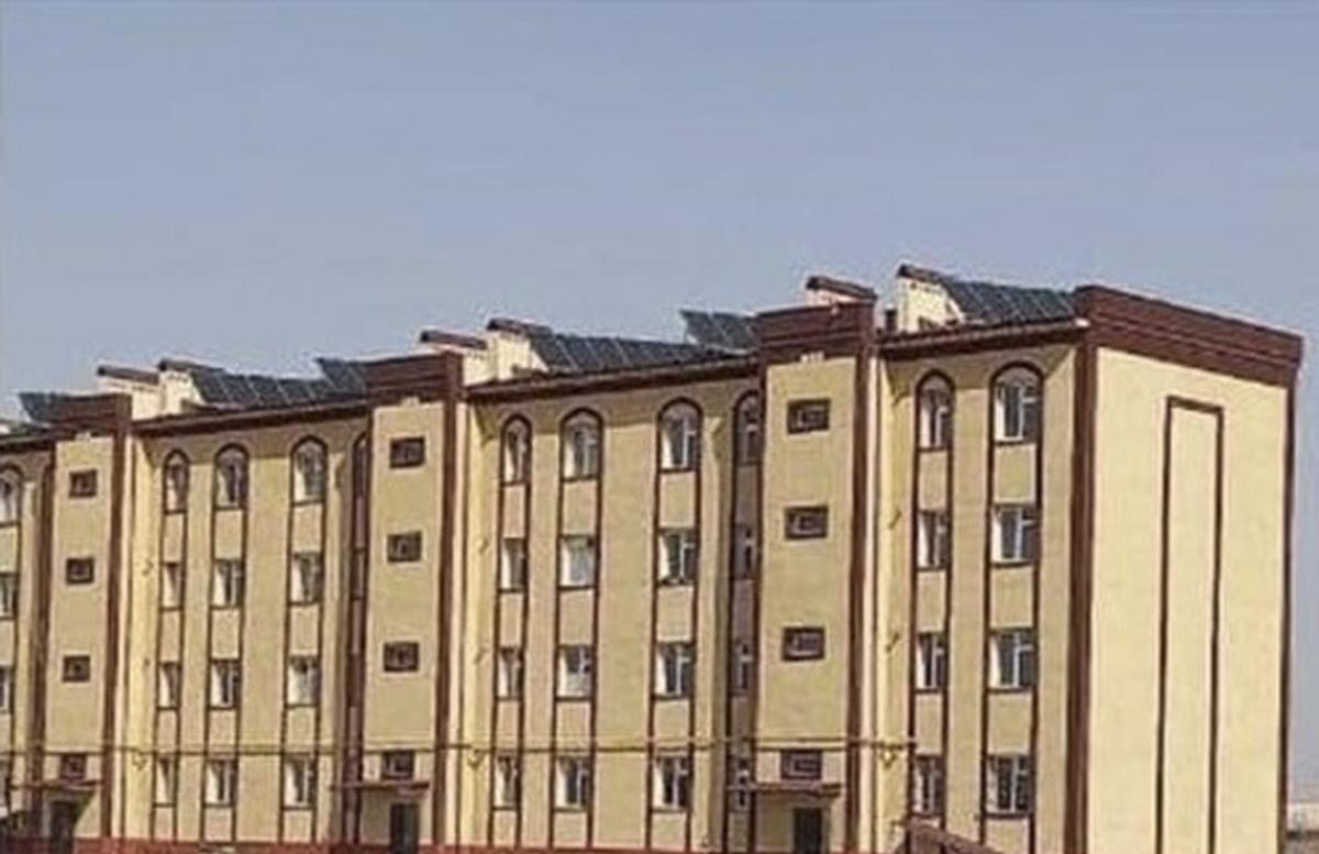 На крышах домов Каракалпакстана начали устанавливать солнечные батареи