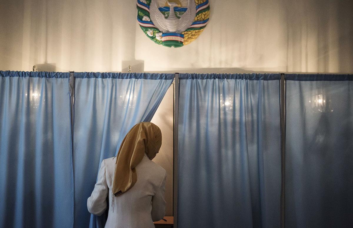 В ЦИК напомнили о запрете на съемку избирательного бюллетеня