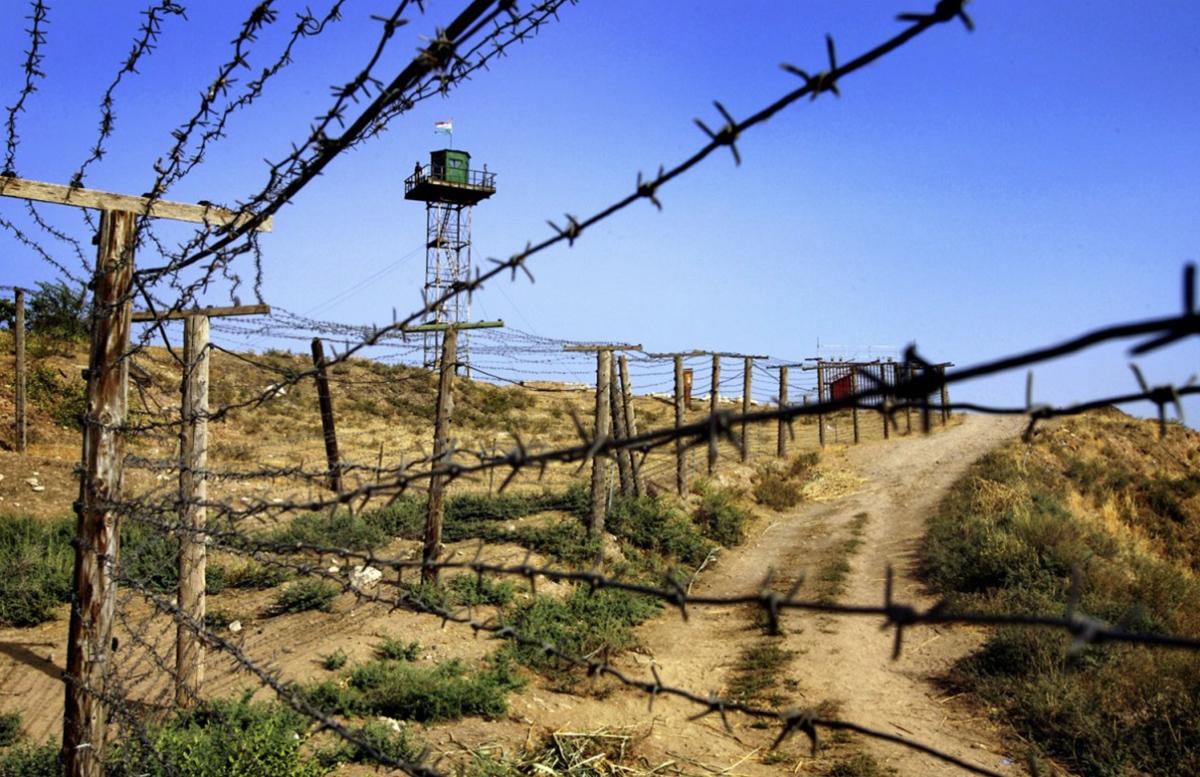 На границе Киргизии и Таджикистана снова произошла перестрелка