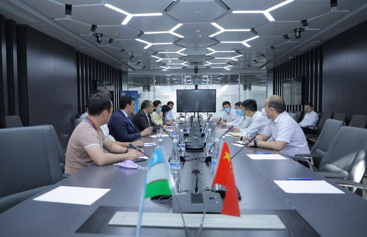 В Узбекистане наладят производство узбекско-китайской вакцины ZF-UZ-VAC-2001