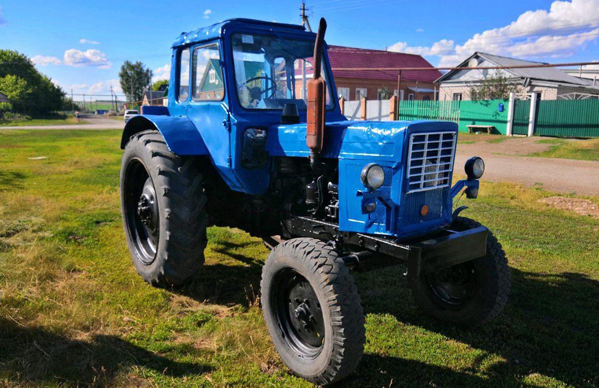 В Фергане двое мужчин украли аккумулятор от трактора