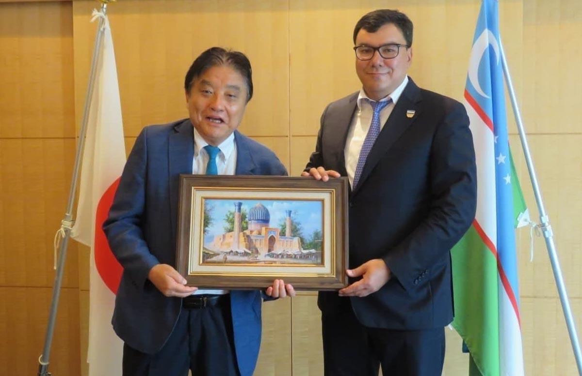 Азиз Абдухакимов встретился с мэром японского города Нагоя