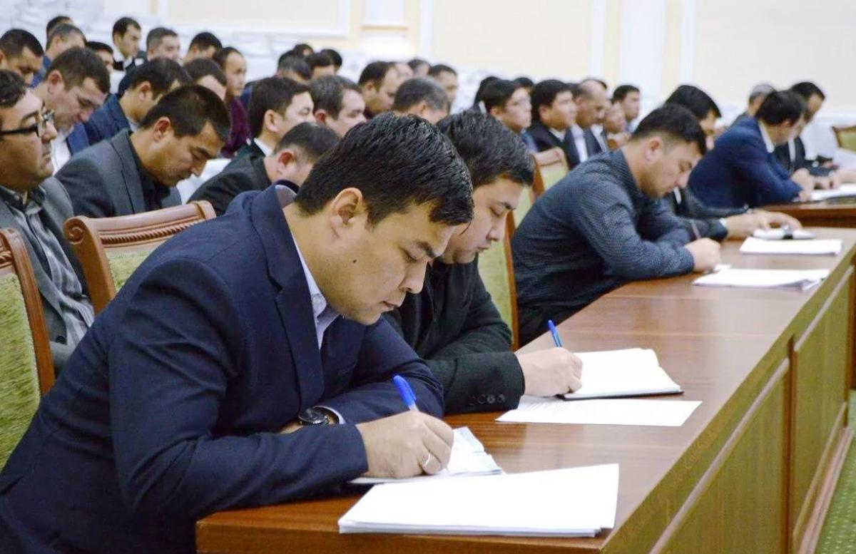 В Узбекистане оценят квалификацию некоторых работников