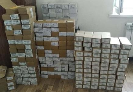 В Узбекистане арестовали водителя за незаконный ввоз более 50 тысяч SIM-карт