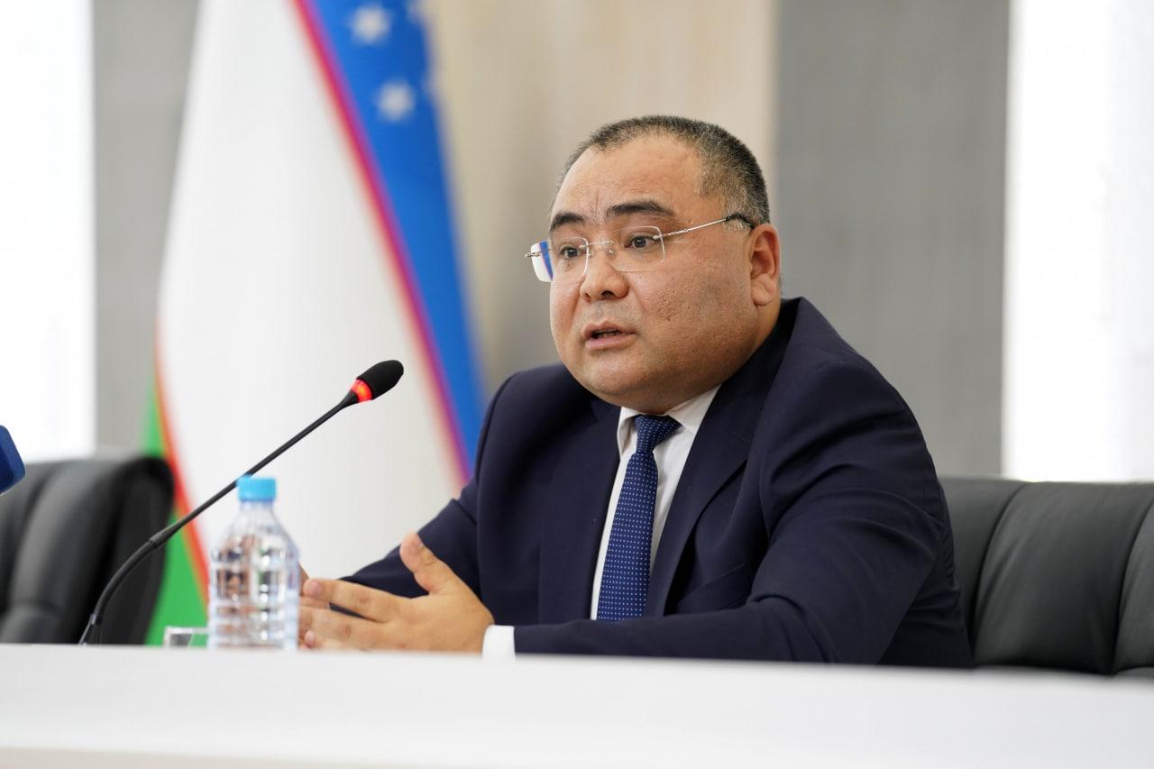 Министр инноваций пояснил, почему узбекистанцам в основном предлагают узбекско-китайскую вакцину