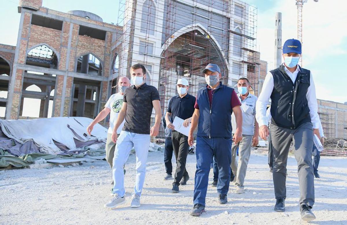 Узбекистан построит в подарок мечеть в Казахстане
