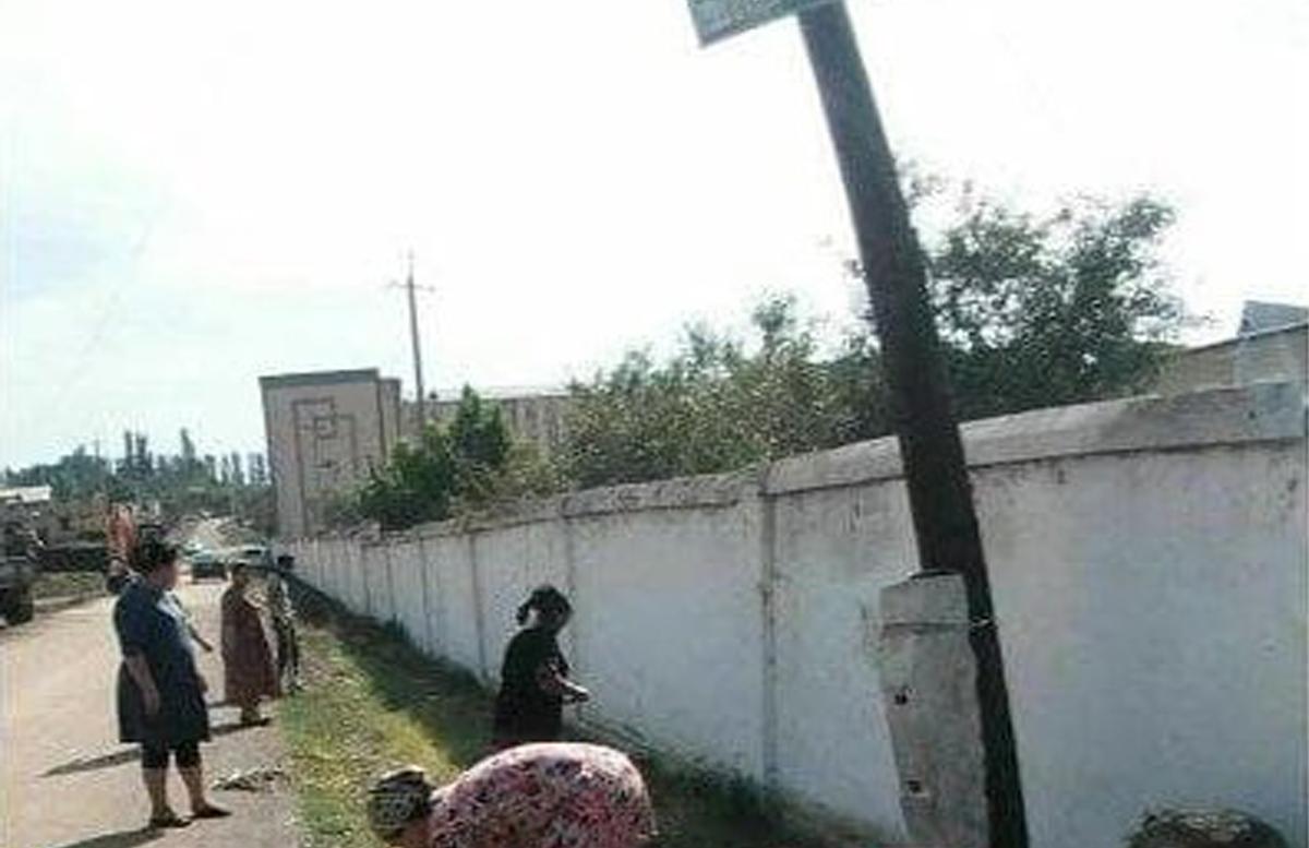 В учебном заведении Наманганской области учителей привлекали к принудительному труду