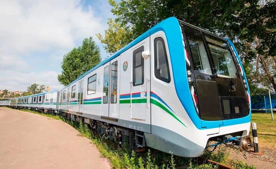 Опубликованы фотографии новых поездов для метрополитена Ташкента