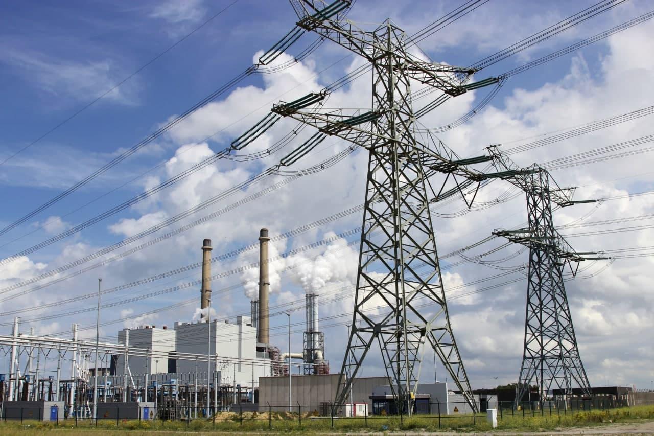 Узбекистану выделят десятки миллионов евро на развитие электроэнергетики