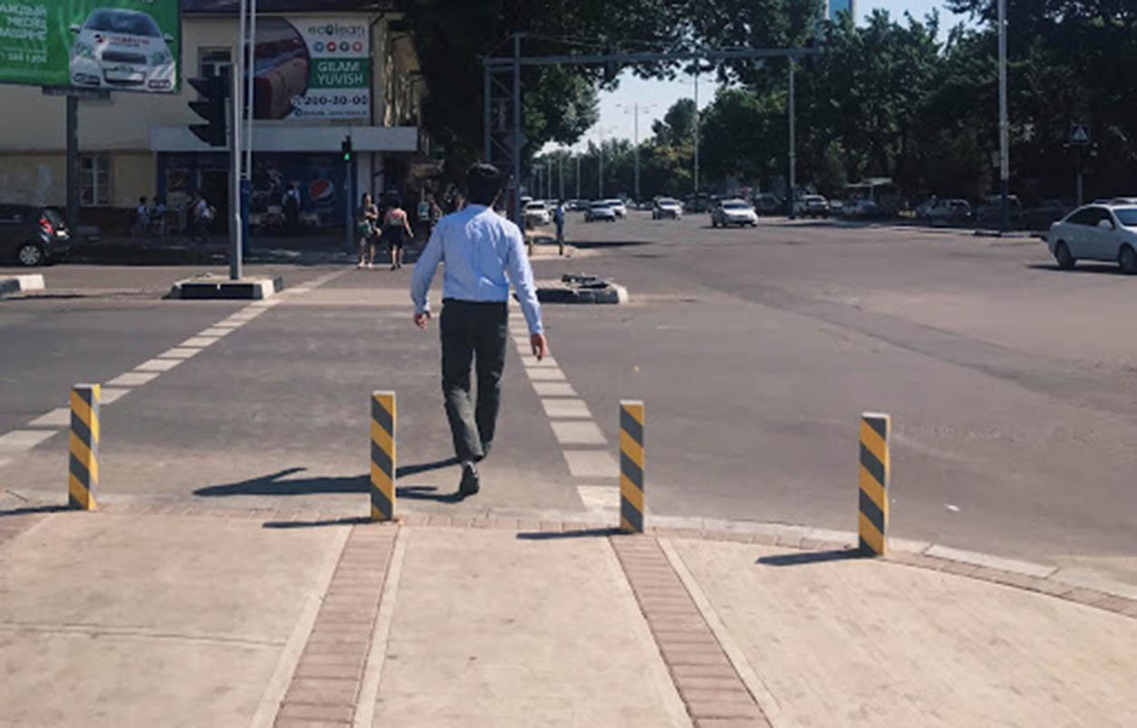 В Андижане водитель Lacetti на высокой скорости сбил пешехода — видео