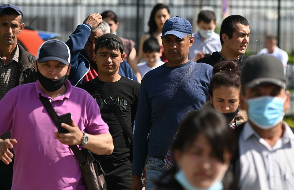 В России мигрантам из Узбекистана придется пройти дактилоскопию