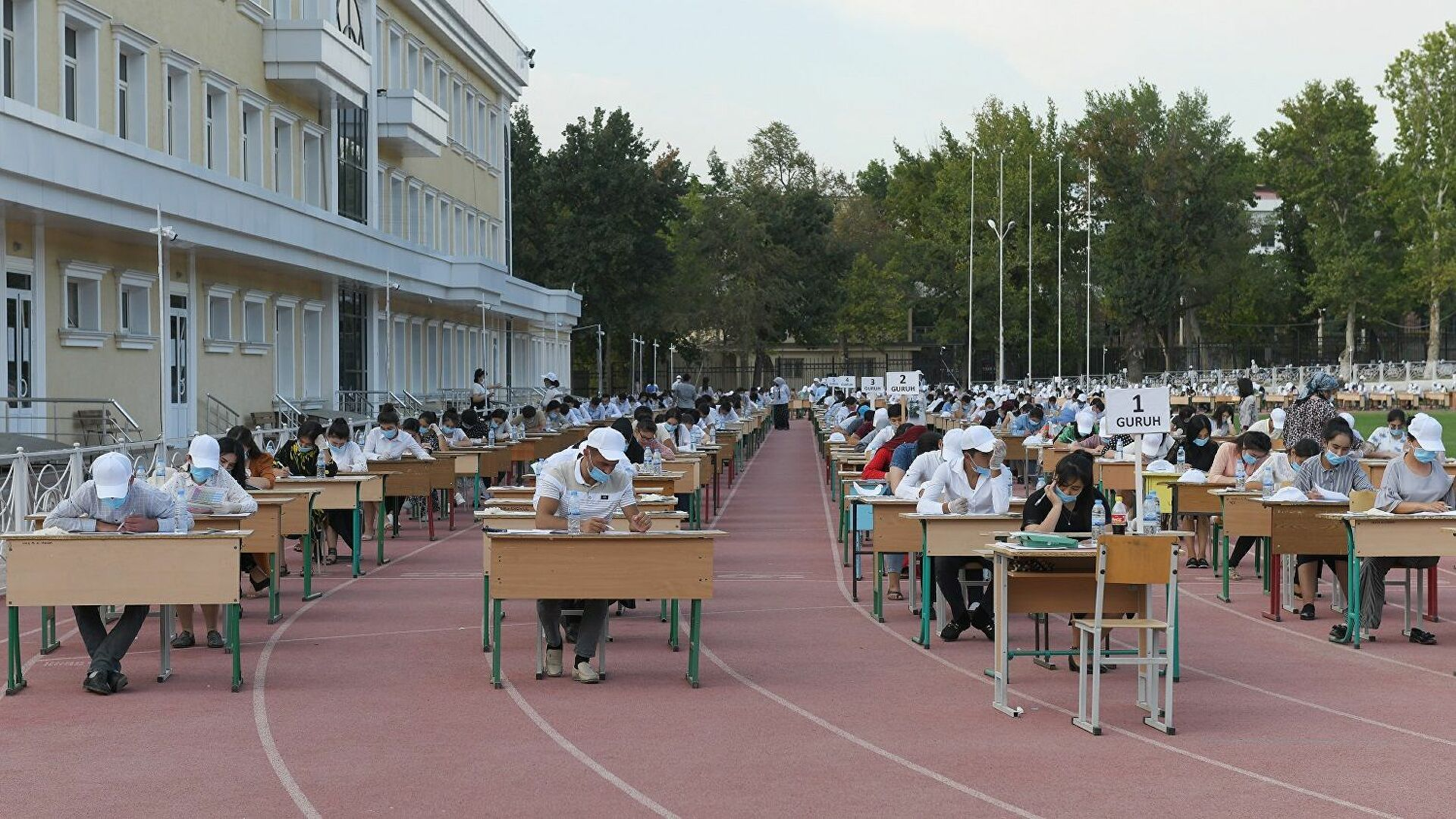 В Кашкадарье 14 человек пытались выдать себя за других абитуриентов во время экзаменов