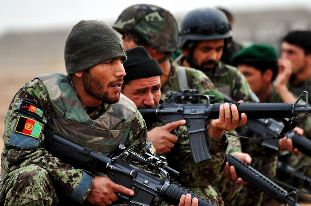 Афганские военные отбили у боевиков столицу провинции Джаузджан