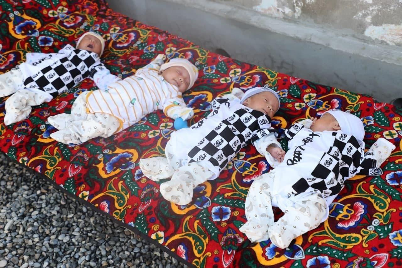 В Ферганской области родились 4 близнеца