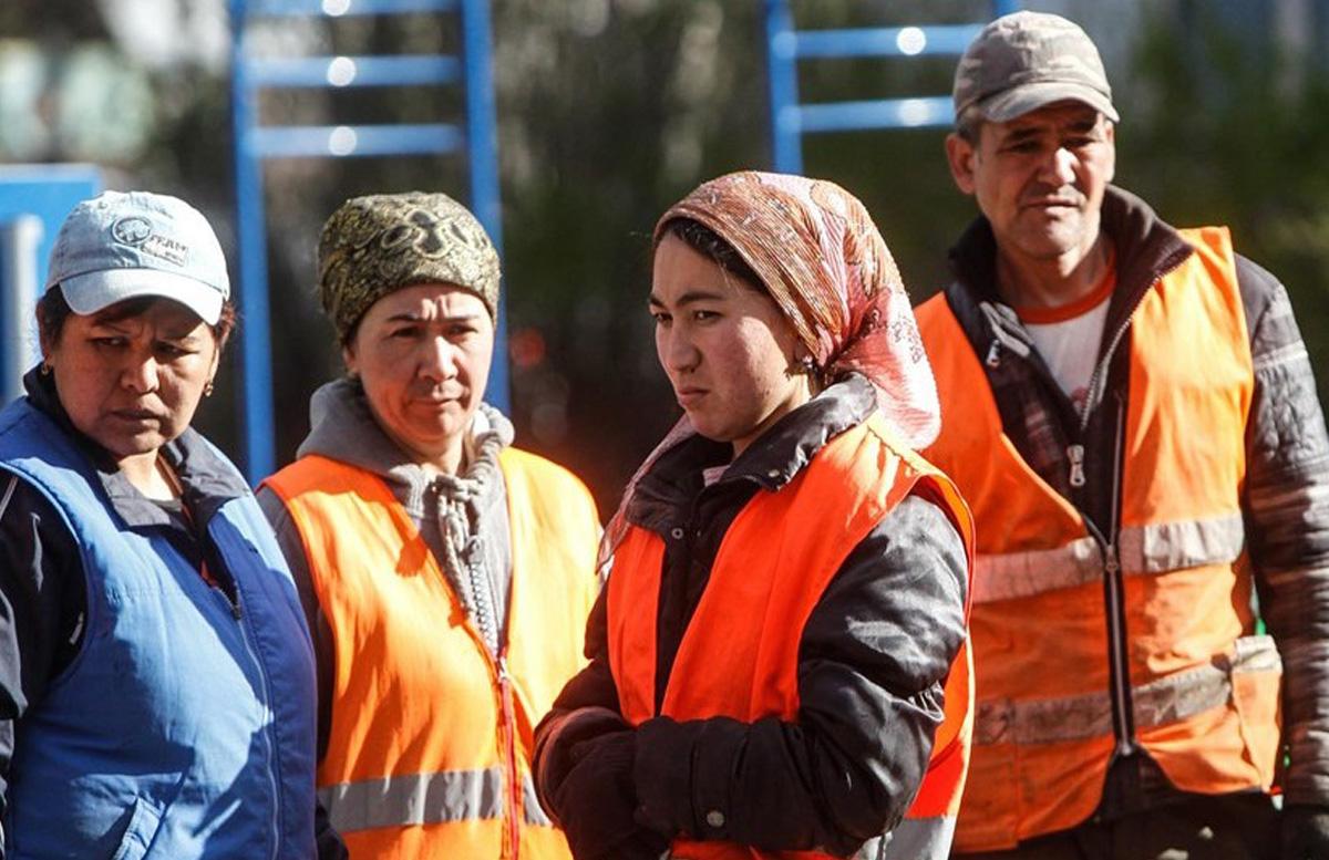 Агентство по внешней трудовой миграции обратилось к узбекистанцам в России