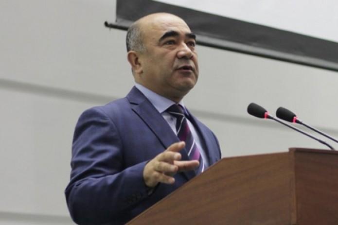 Хоким Кашкадарьи наказал главу финуправления за оскорбление сотрудника