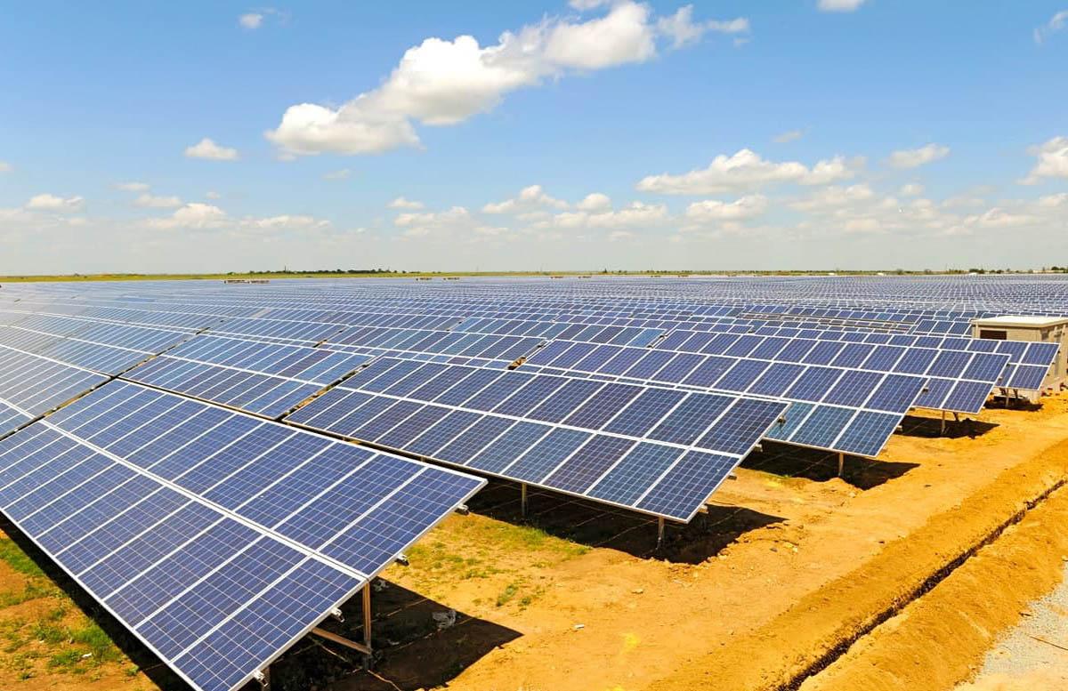 В Минэнерго рассказали, сколько в стране строят солнечных электростанций