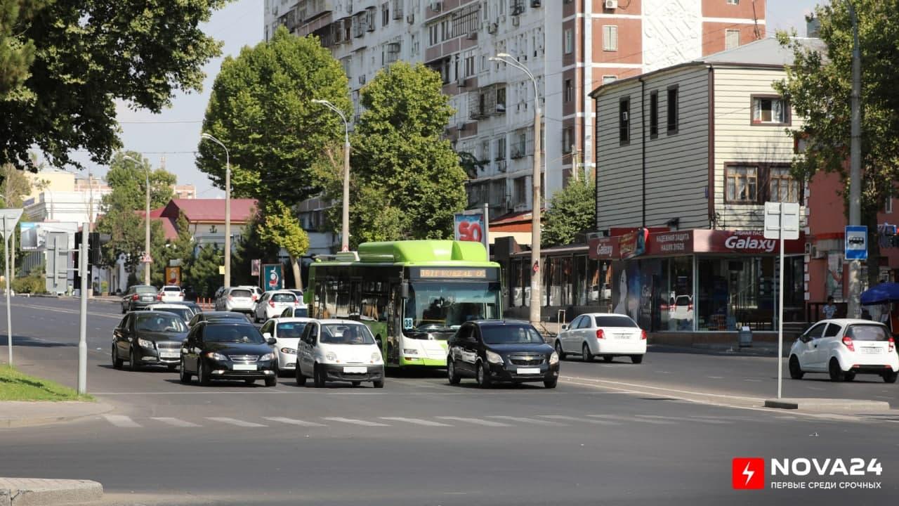 Узбекистанцы смогут заменить водительские права на новые онлайн