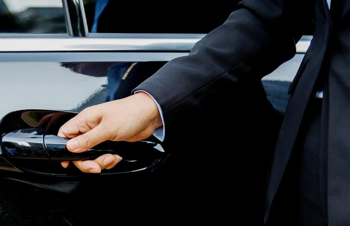 В Узбекистане на служебных авто поменяют номерные знаки