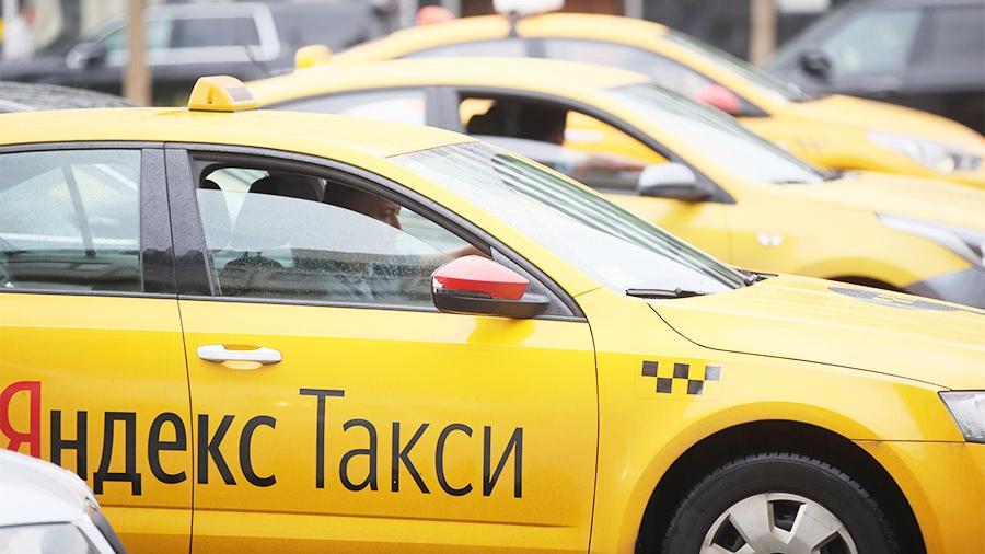 В России приняли новое постановление для таксистов из других стран