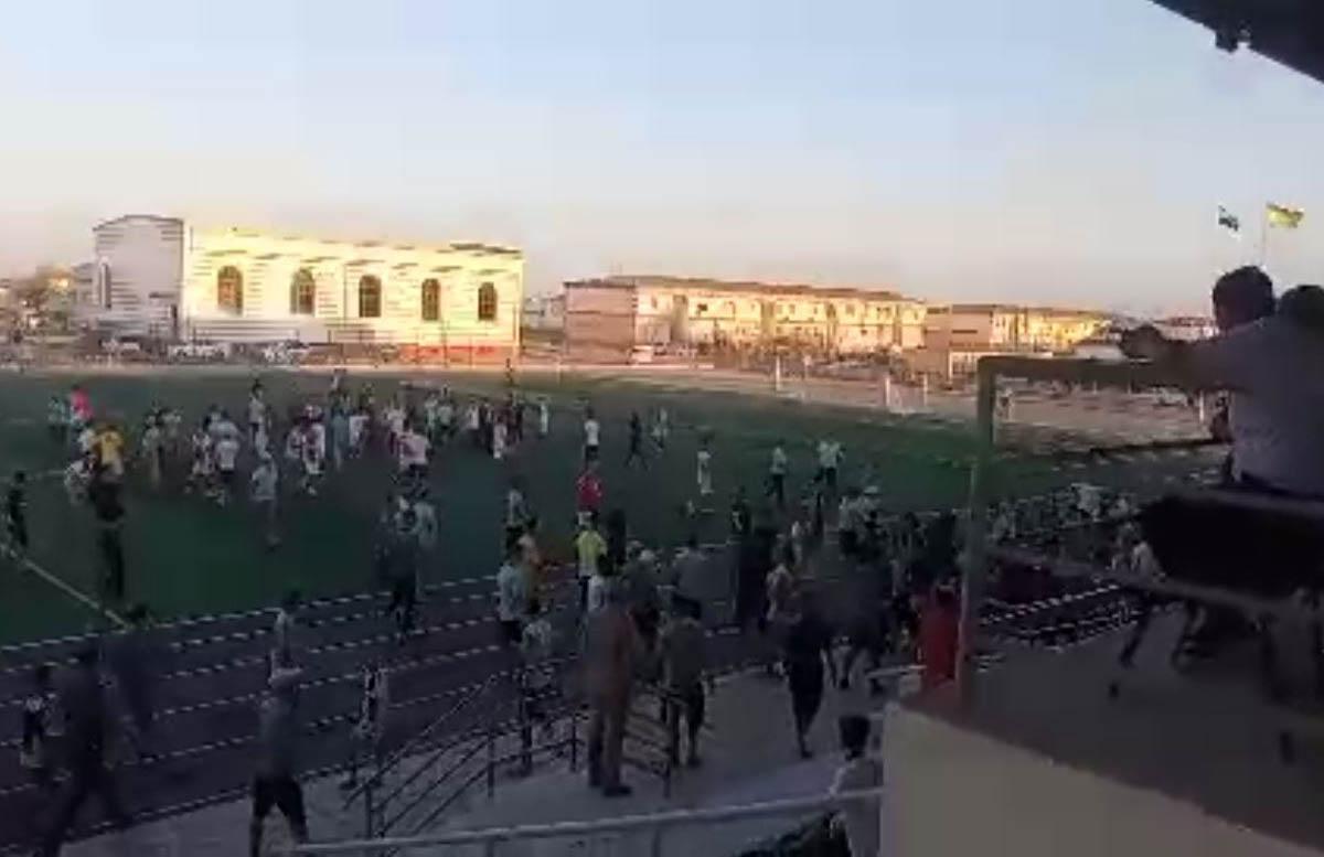 В Муйнаке во время футбольного матча произошла массовая драка — видео