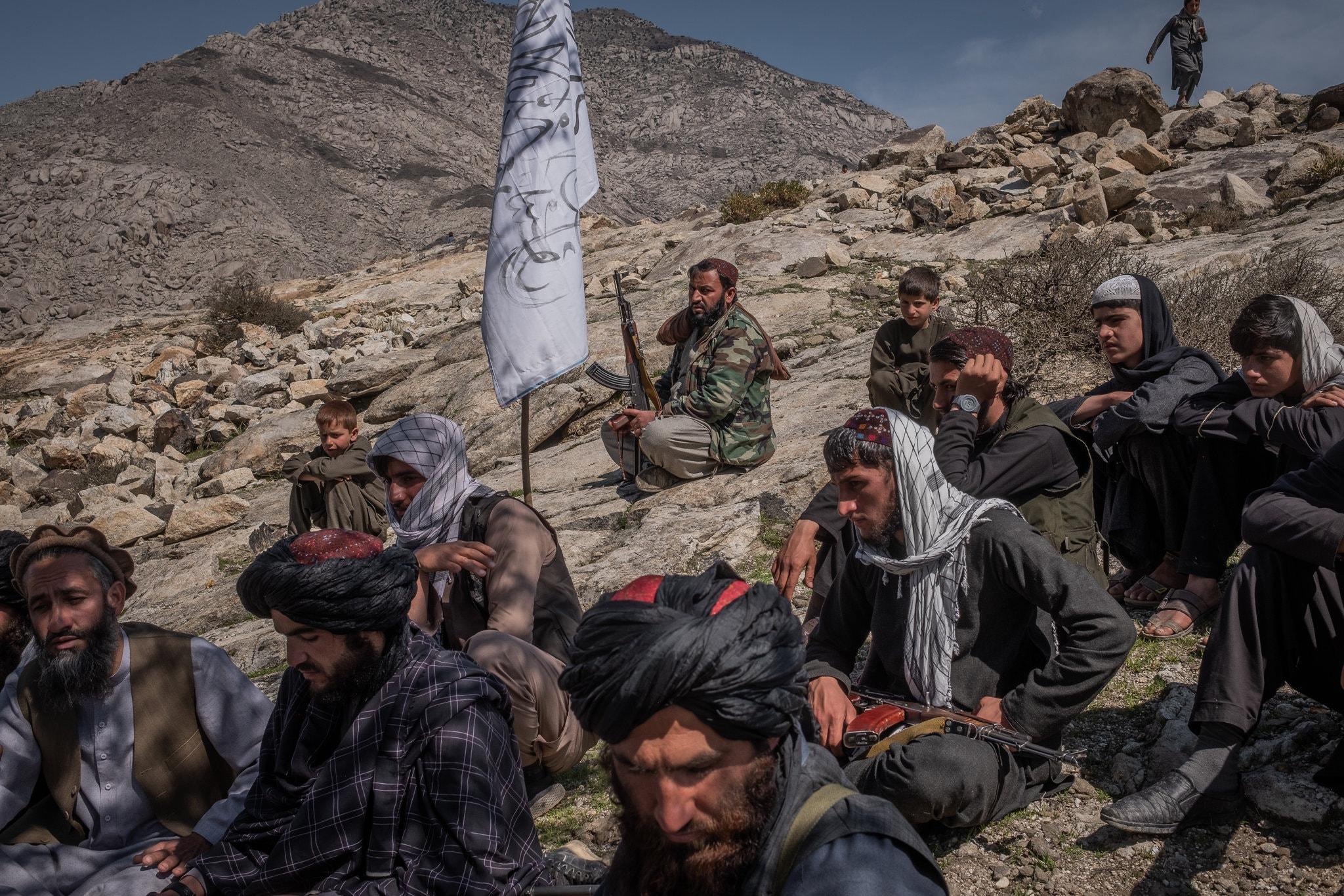 «Талибан» начал забирать в сексуальное рабство 12-летних девочек