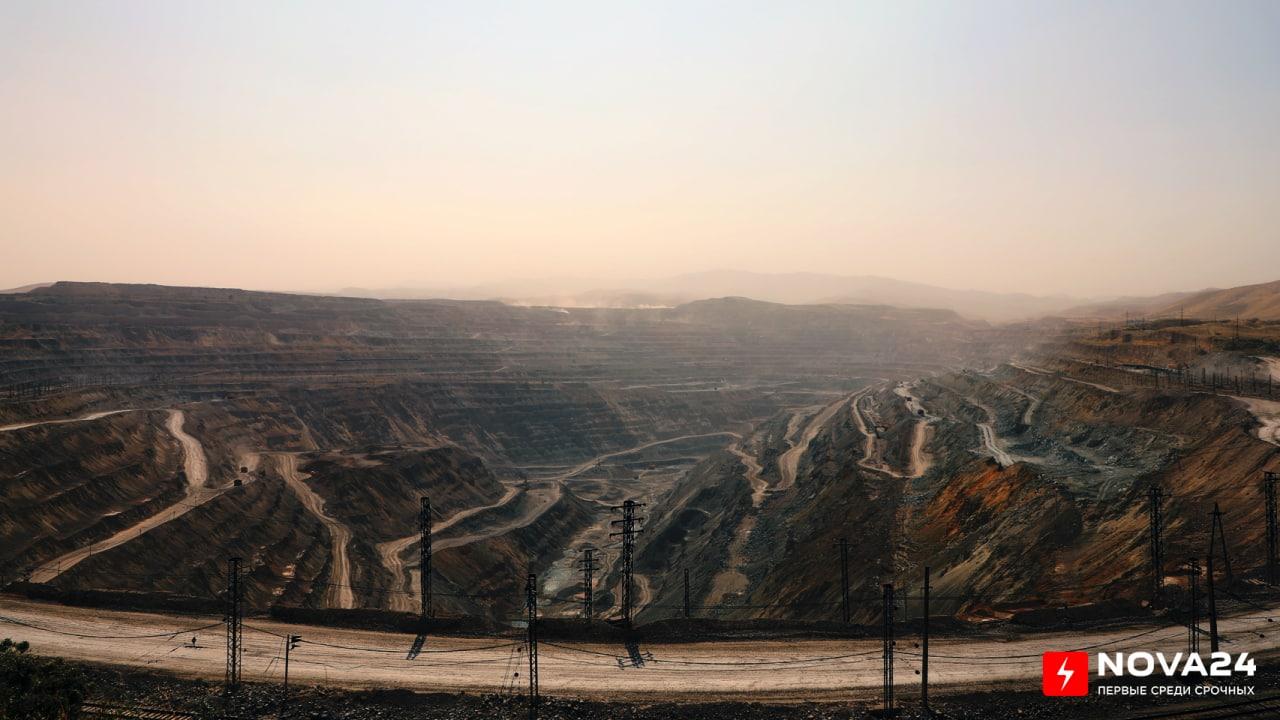 АГМК стала выплачивать десятки миллиардов сумов за вредные выбросы в атмосферу