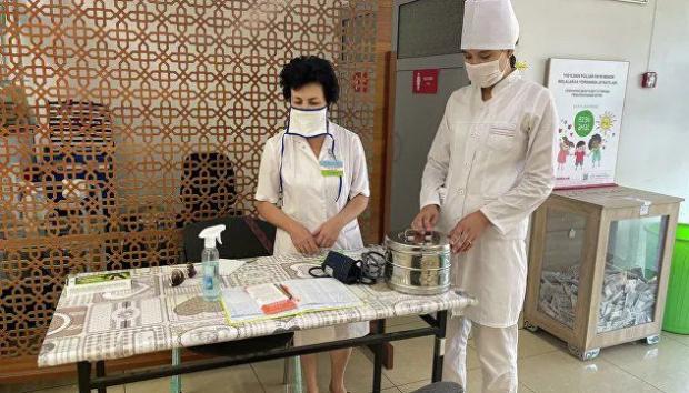 Более двухсот тысяч человек привились от коронавируса за сутки по всей республике