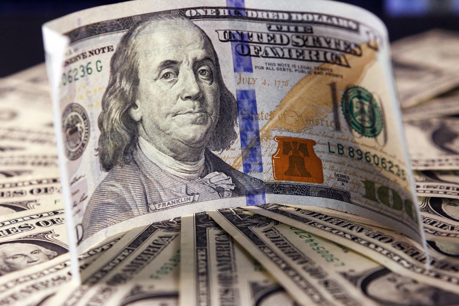Доллар снова подскочил