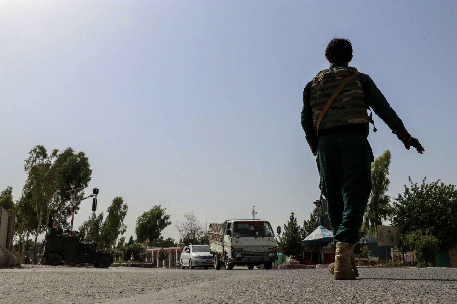 Генсек ООН призвал талибов остановить наступление в Афганистане