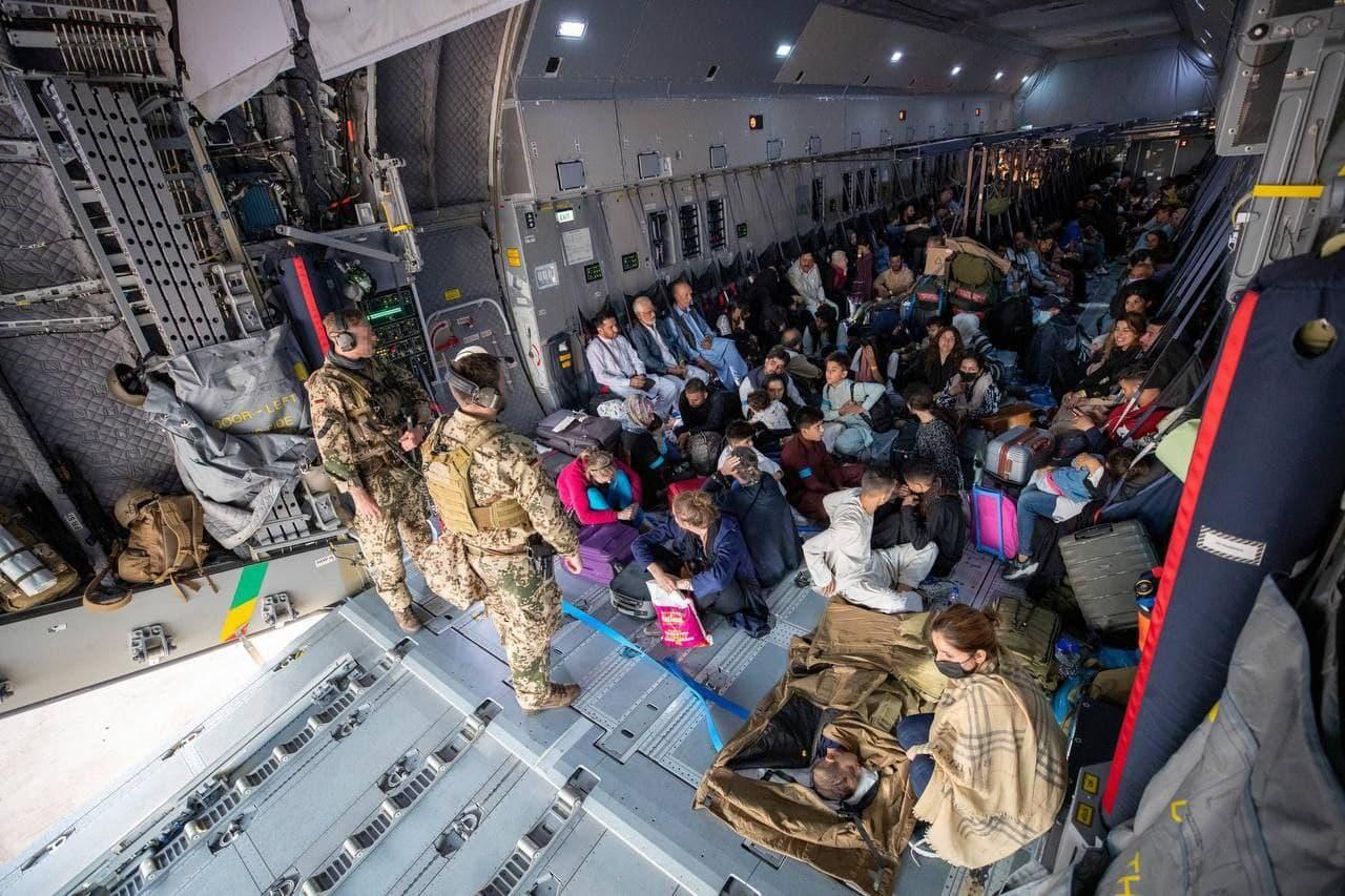 США эвакуировали из Афганистана более 3,2 тысячи человек