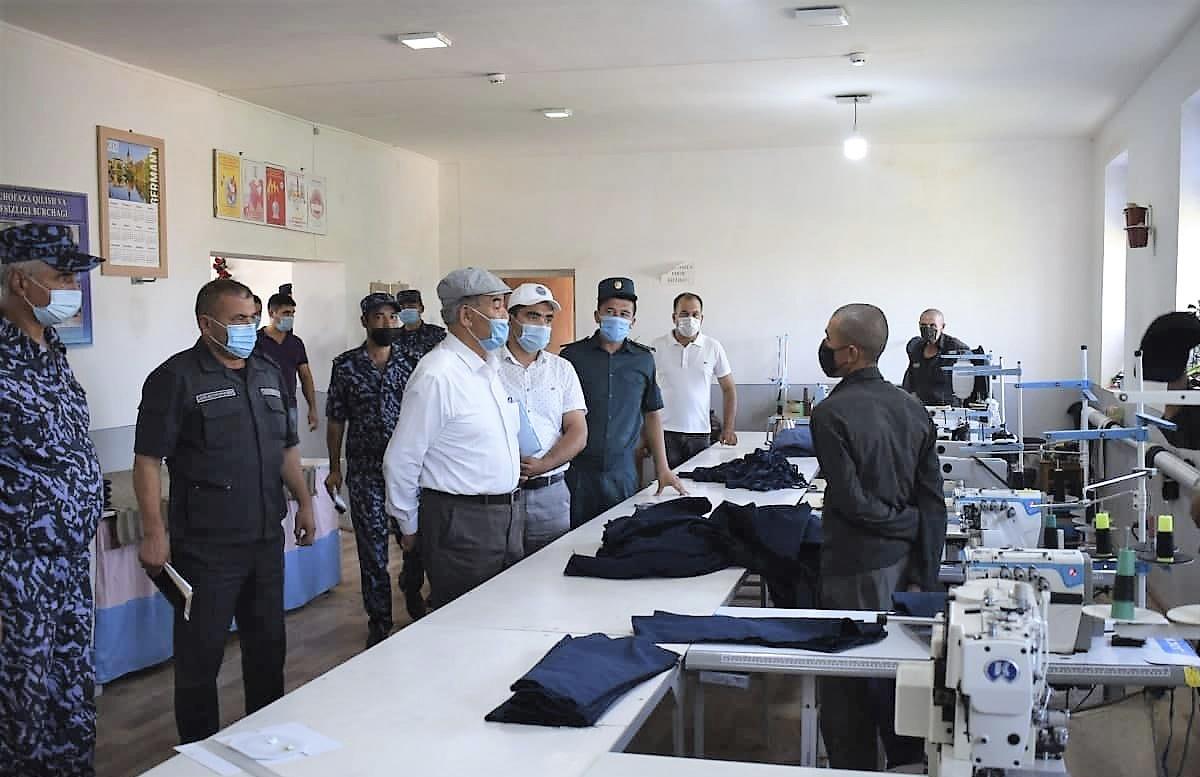 Представитель Омбудсмена ознакомился с условиями одной из исправительных колоний Кашкадарьи