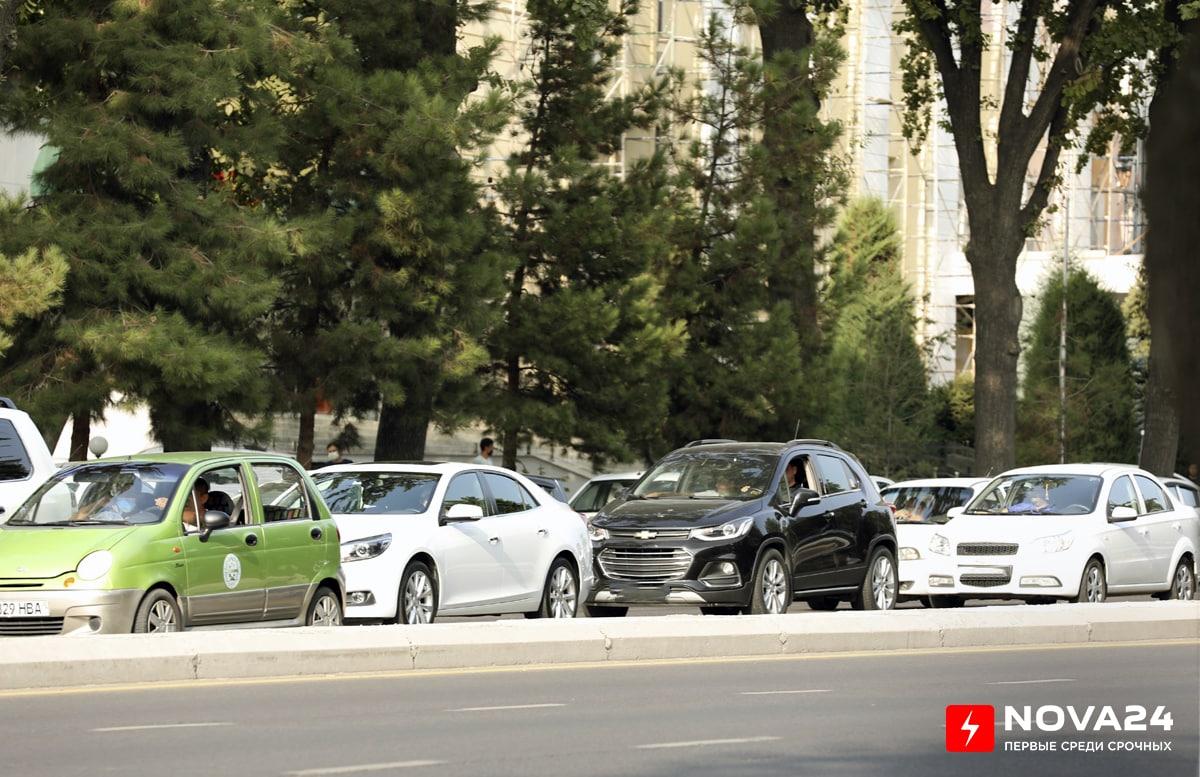 Выяснились причины спада продаж автомобилей среди узбекистанцев