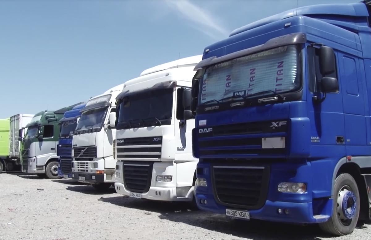 В Узбекистане предоставили таможенные льготы на импорт грузовиков