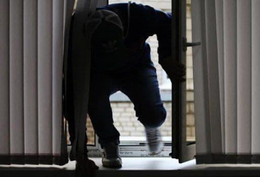 В ГУВД Ташкента призвали не оставлять окна открытыми