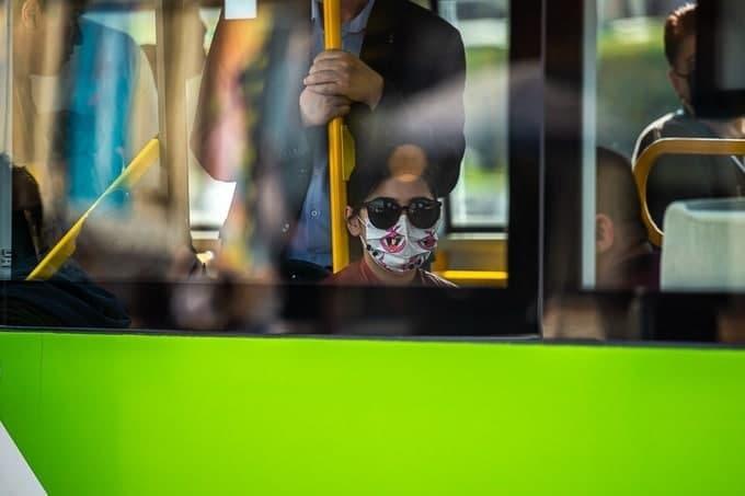 Узбекистанцам рассказали, почему вакцинированные все равно должны носить медицинские маски