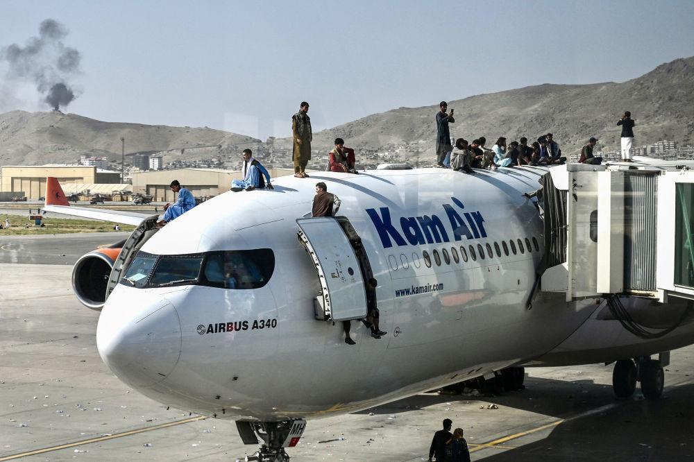 Афганистан приостановил все рейсы из кабульского аэропорта