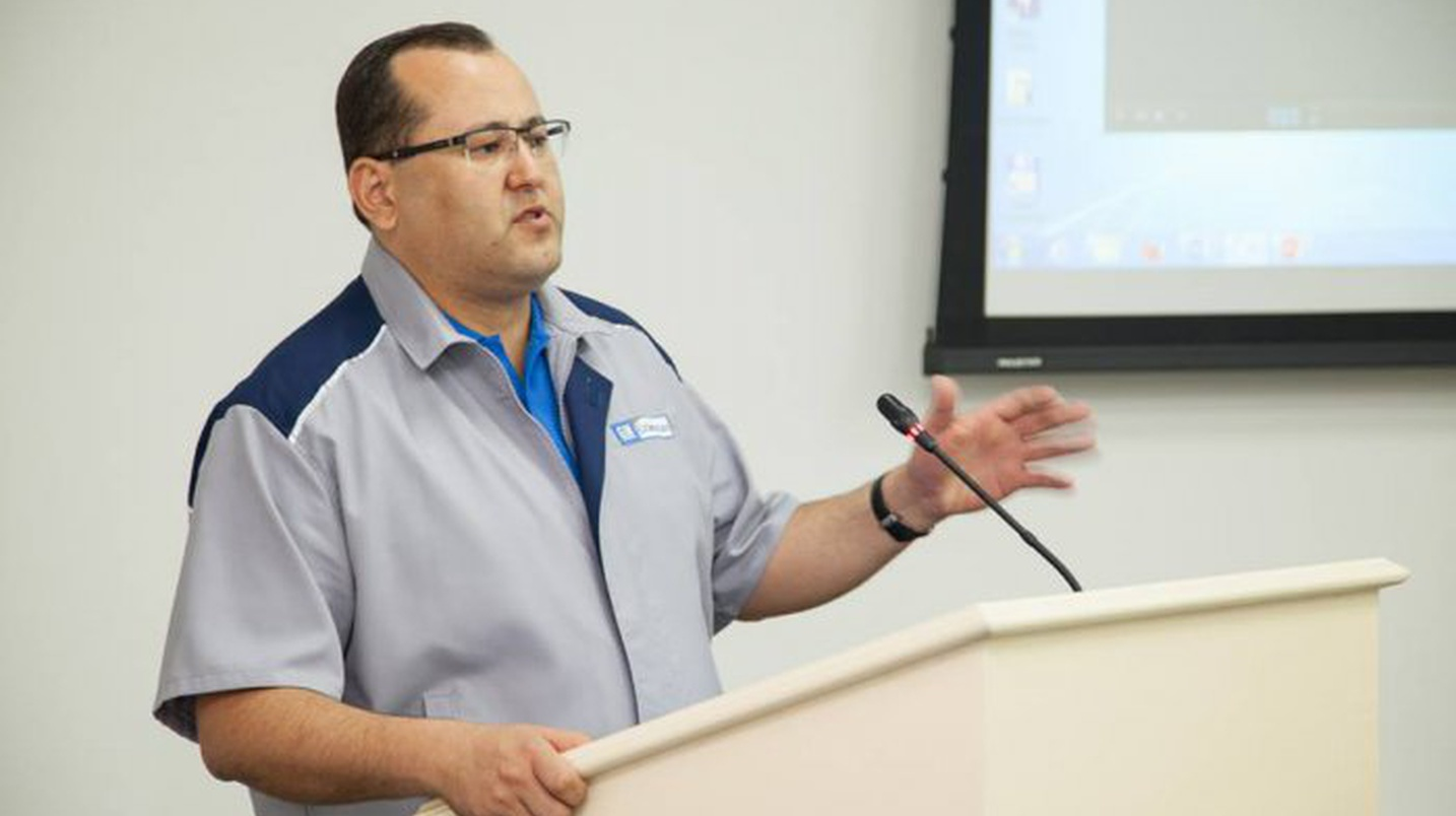 Бывший гендиректор UzAuto Motors Рустам Ражабов перешел в «Узавтосаноат»