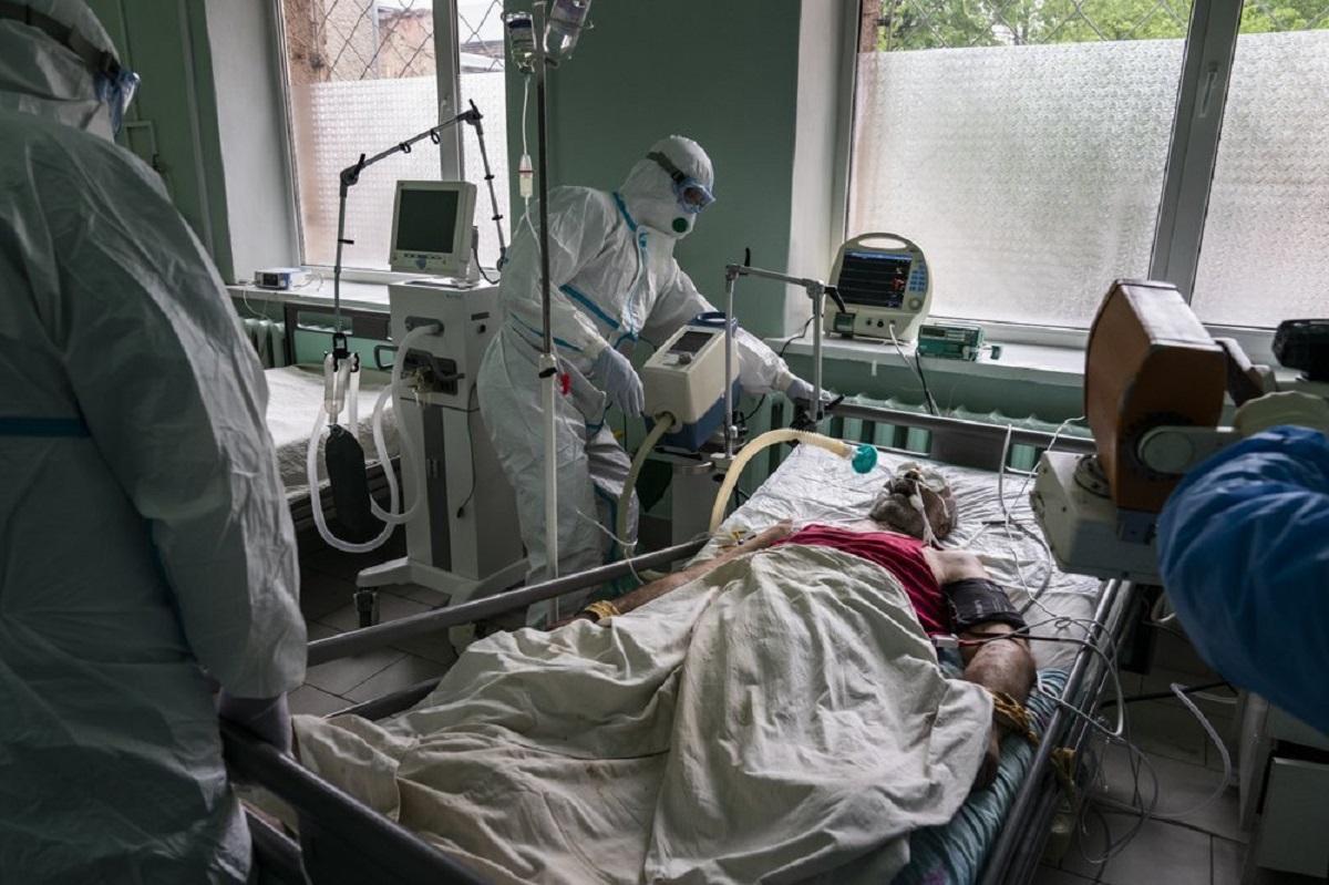 Врач рассказала про влияние хронических заболеваний на течение коронавируса