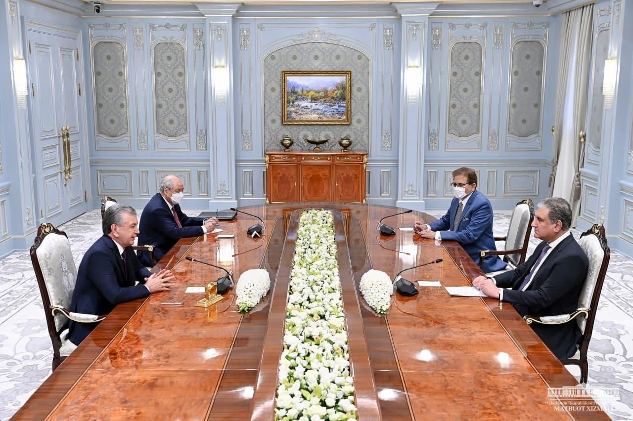 Шавкат Мирзиёев обсудил афганский кризис с министром иностранных дел Пакистана