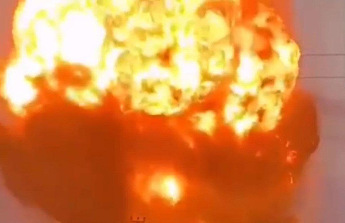 В Казахстане на военном складе произошел мощный взрыв — видео