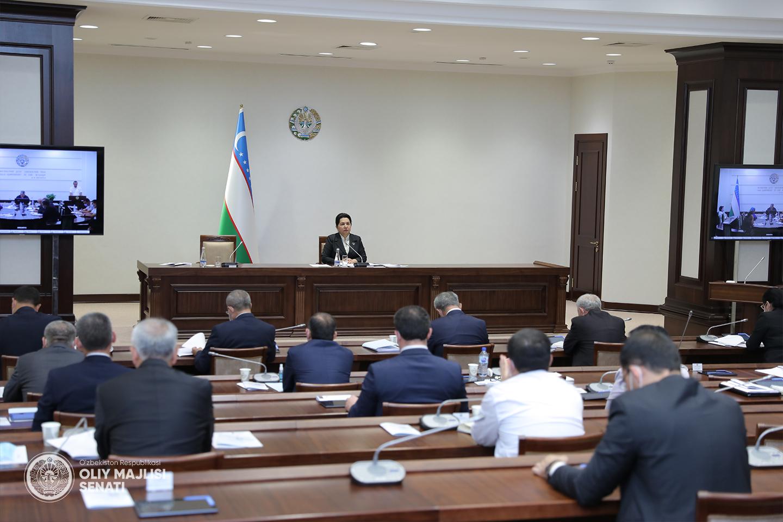 В Узбекистане договоры страхования теперь будут заключаться только на государственном языке
