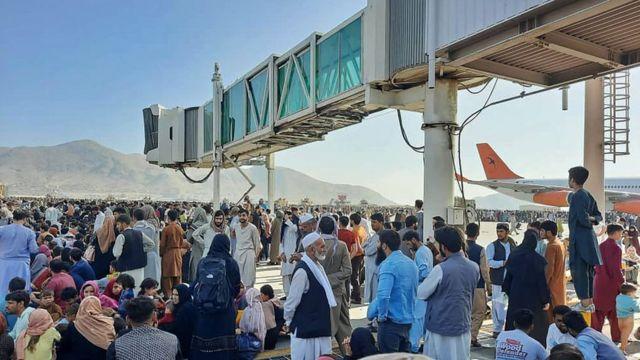 Париж и Лондон представят проект резолюции о зоне безопасности в Кабуле