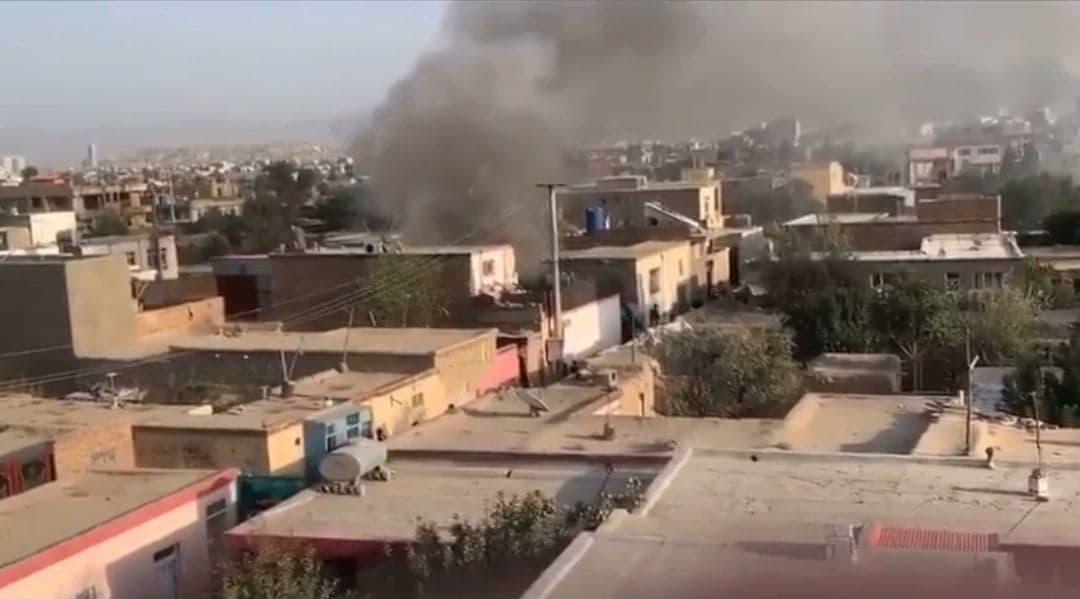 В Кабуле снова прогремел мощный взрыв — видео