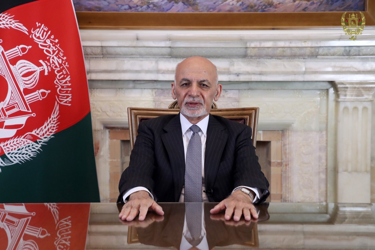 Талибы заявили, что Ашраф Гани должен вернуть незаконно приобретенные деньги