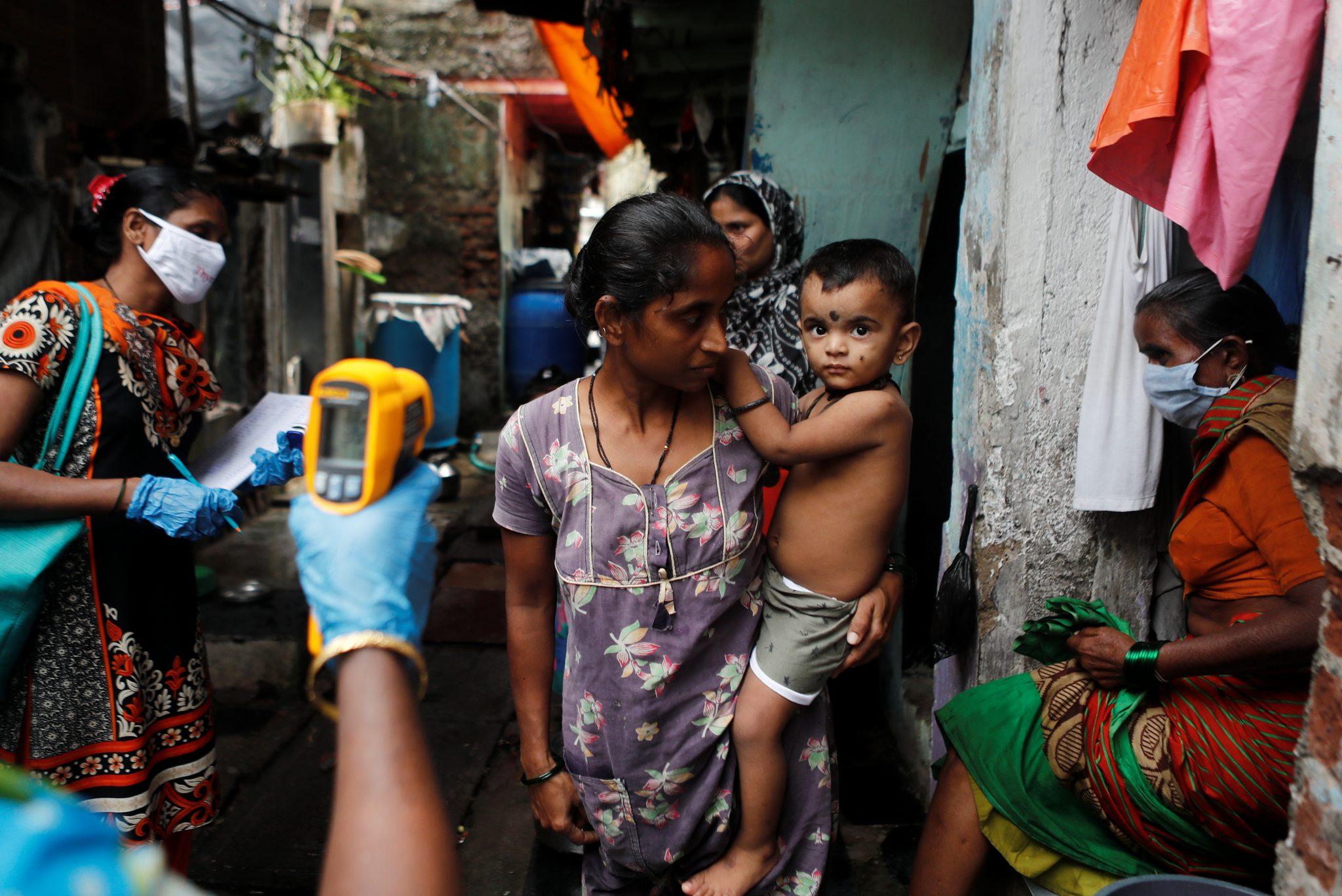В Индии неизвестный вирус убил 68 человек, 40 из которых дети