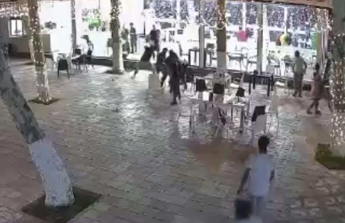 В одном из парков Самарканда произошла массовая драка
